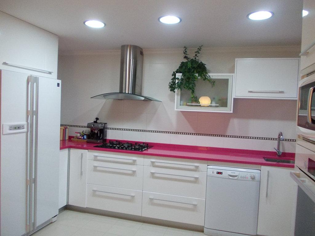 Encimeras de colores para la cocina - Cocina de color ...