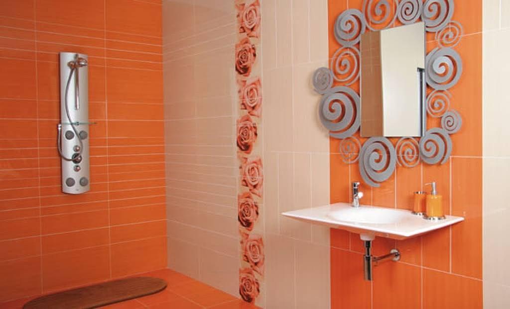Pintar los azulejos del ba o para redecorar for Great un bano con paredes en naranja de