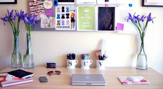 Consejos para decorar nuestro escritorio for Decoracion de escritorios en casa